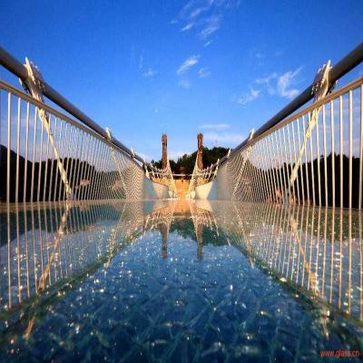 """中建六局承建的张家界大峡谷玻璃桥荣获 """"亚瑟·海顿奖"""""""